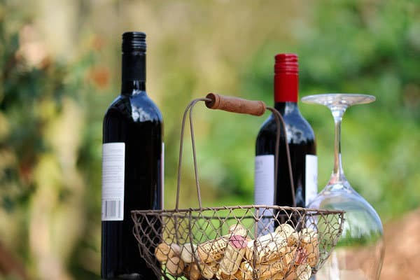Flessen rode wijn