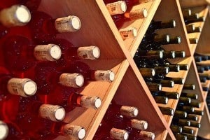 Wijnen in kisten